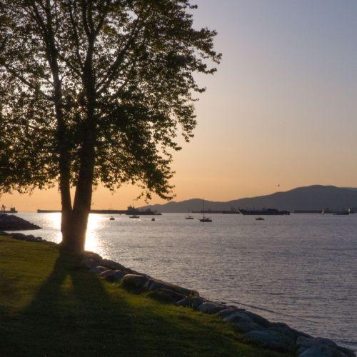 sunset vanier park