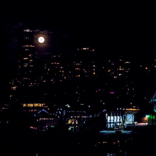 xmas full moon
